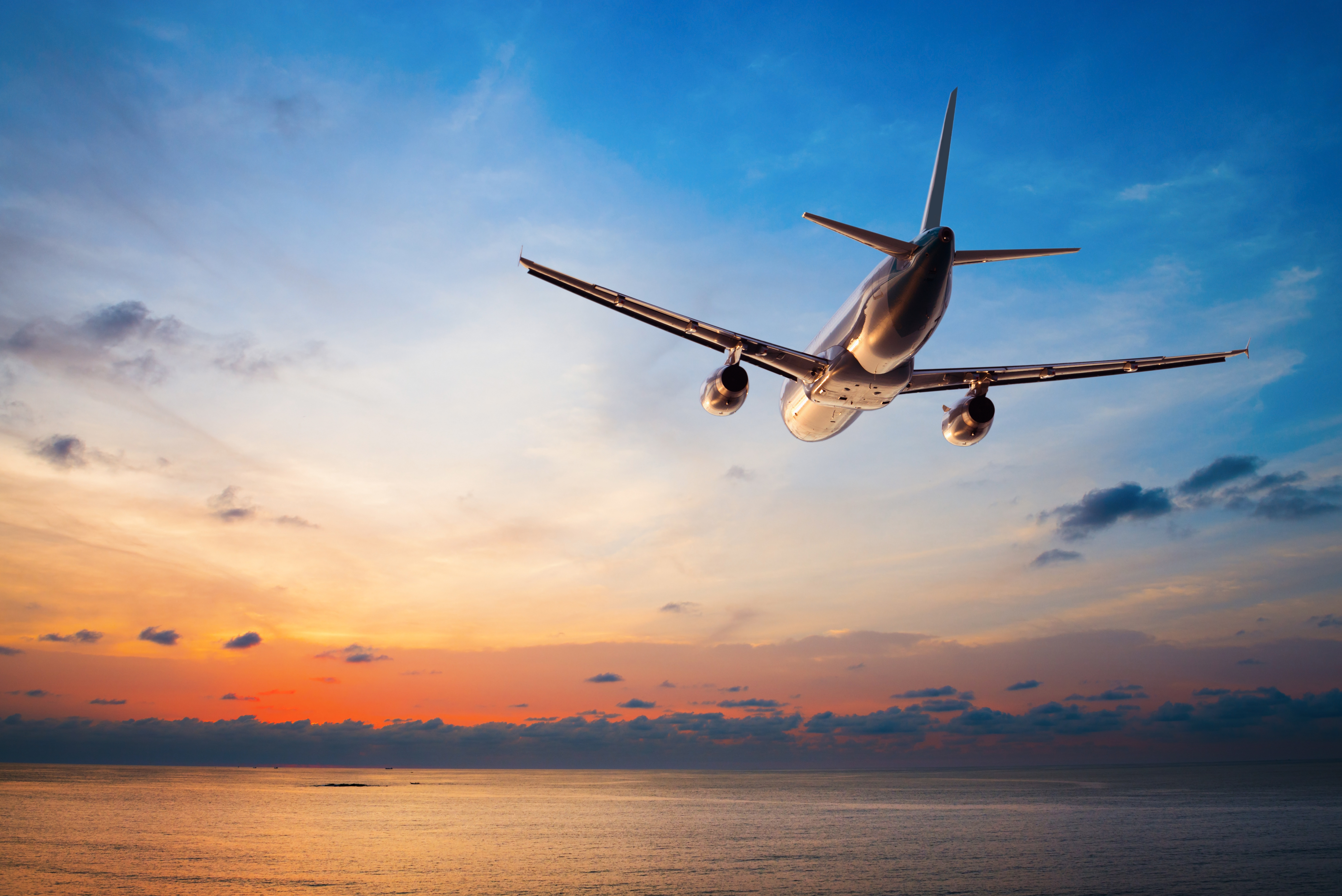 Long Haul Flights: 10 Useful Tips To Make It More Pleasant and Easy