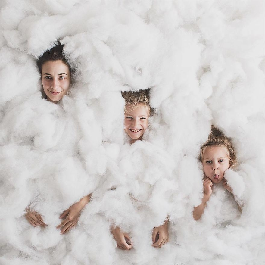 15 Adorable Photos Of Creative Mother And Her Daughters